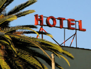 How To Save On Your Next Hotel Stay